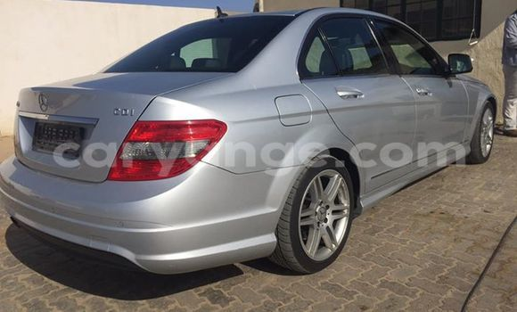 Buy Mercedes-Benz 190 Black Car in Walvis Bay in Namibia