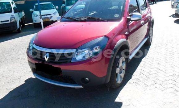 Buy Renault 19 Red Car in Windhoek in Namibia