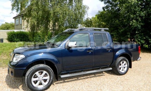 Buy Nissan Navara Blue Truck in Windhoek in Namibia