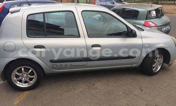 Buy Renault Clio Silver Car in Windhoek in Namibia