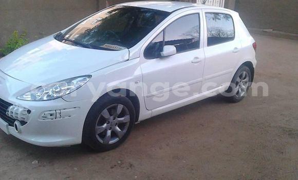 Buy Peugeot 307 White Car in Windhoek in Namibia