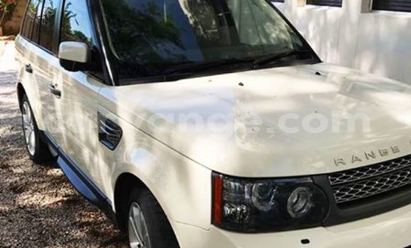 Buy Land Rover Range Rover White Car in Windhoek in Namibia