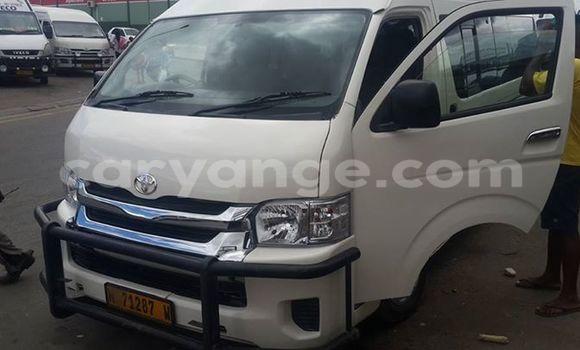 Buy Toyota 4Runner White Car in Windhoek in Namibia