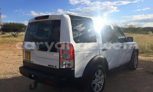 Buy Land Rover Discovery White Car in Windhoek in Namibia