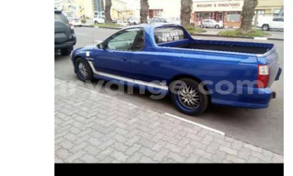 Buy Volkswagen Golf Blue Car in Windhoek in Namibia