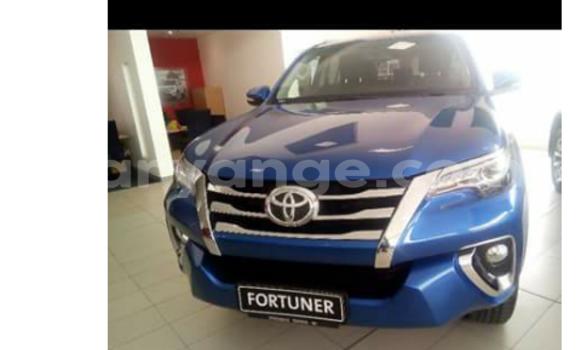 Buy Toyota Fortuner Blue Car in Swakopmund in Namibia