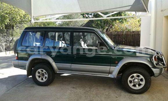 Buy Mitsubishi Pajero Green Car in Windhoek in Namibia