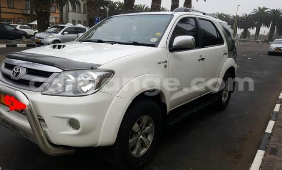 Buy Toyota Fortuner White Car in Swakopmund in Namibia