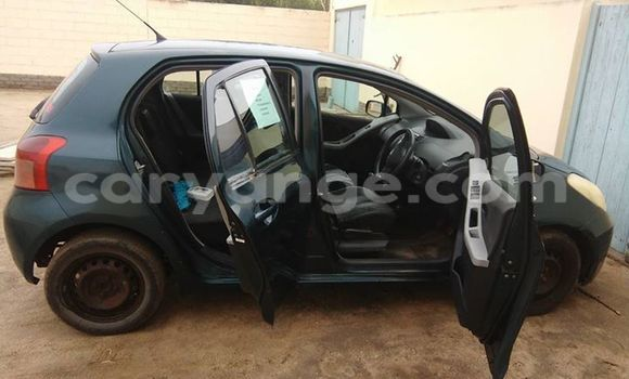 Buy Toyota Yaris Black Car in Windhoek in Namibia